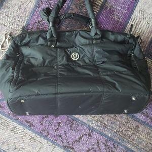 Lululemon black duffle bag